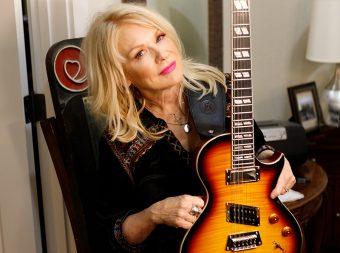 """エピフォンから、ロックバンド """"ハート""""の中心メンバー、ナンシー・ウィルソンのシグネチャーモデル『Nancy Wilson Fanatic』がリリース"""