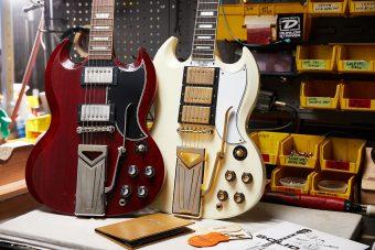 ギブソン・カスタムショップより 伝説のギター、SG誕生60周年を記念し、2つの記念モデルをリリース。『60th Anniversary 1961 Les Paul SG Standard with Sideways Vibrola in Cherry Red』 『60th Anniversary 1961 Les Paul SG Custom with Sideways Vibrola in Polaris White』