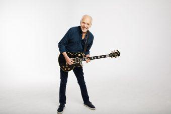 """ギブソンから、英国のギター・レジェンド ピーター・フランプトンの カスタムショップ製『Peter Frampton """"Phenix"""" Les Paul Custom VOS』がリリース"""
